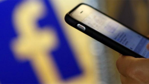 Facebook vuelve a tirar de chequera