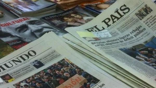 ¿Está la prensa de papel canibalizando los ingresos de sus versiones digitales?